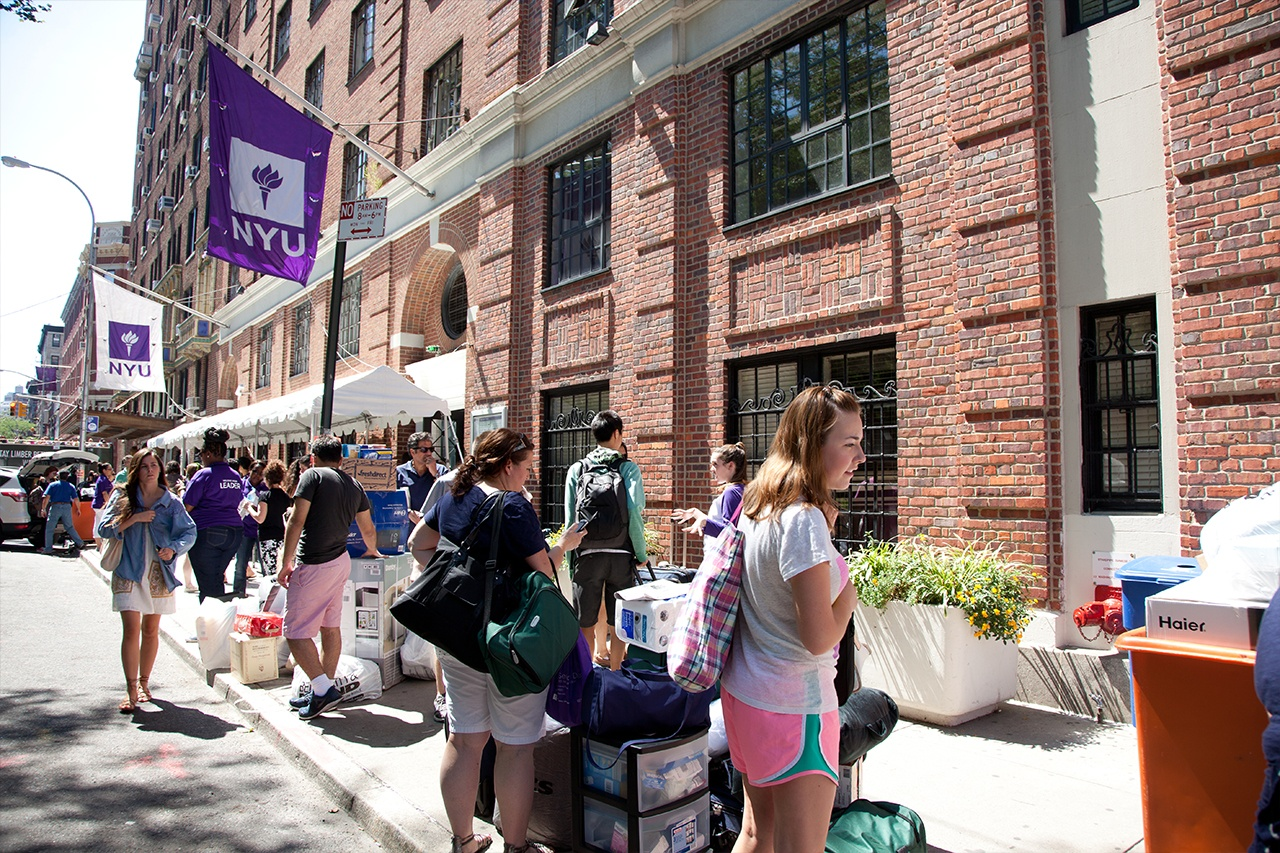 Students on Welcome Day, which kicks off the NYU campus tradition of Welcome Week.